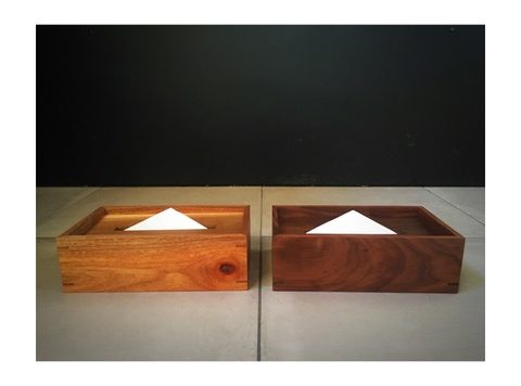 tissue BOX : walnut